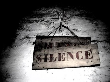 http://ffs1963.unblog.fr/files/2010/02/silence.jpg
