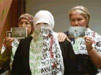Condamnation de l'Algérie par le Comité des droits de l'homme de l'ONU dans 2 nouvelles affaires de disparitions forcées dans Non classé famillesdesdisparusalgeriens200