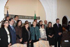 Pourquoi cache-t-on la société civile algérienne à Hillary Clinton ? dans Algérie Politique US-300x200